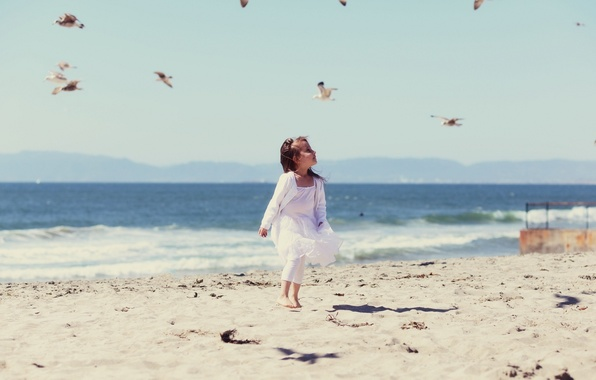Picture sand, sea, beach, water, birds, traces, children, background, the wind, widescreen, Wallpaper, mood, wave, girl, …