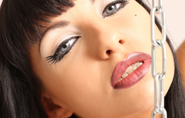 Picture look, face, brunette, chain, lips, Marta Zavadska