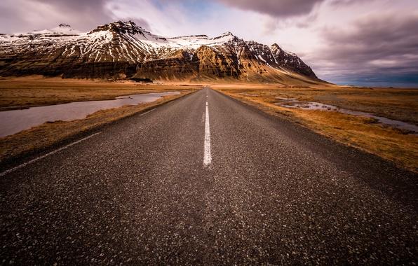 Picture road, snow, mountains, Iceland, Auster-Skaftafellssysla, South Iceland, Scandinavia