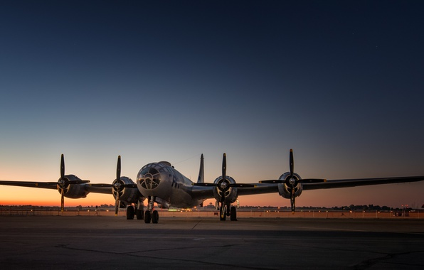 Picture bomber, the airfield, strategic, B-29