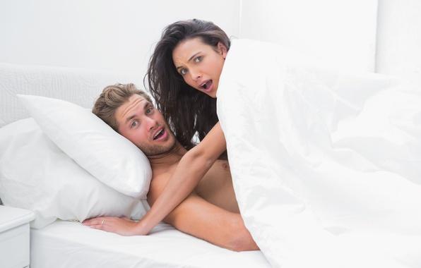 Picture sex, bed, bare, strange, surprise, broken eyes