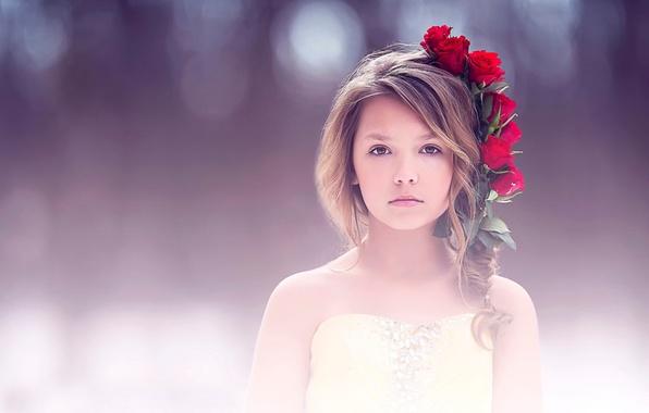 Picture portrait, roses, girl, fine art, children photography
