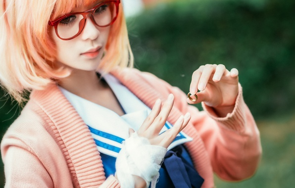 Picture girl, face, hair, color, hand, glasses, fingers, Asian, ring