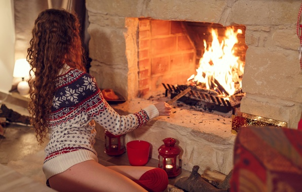 Picture girl, fire, new year, the evening, candles, fireplace, training