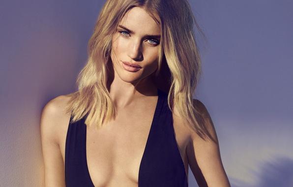 Picture model, blonde, Rosie Huntington-Whiteley