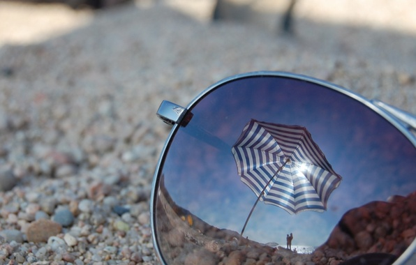 Picture beach, glass, macro, reflection, umbrella, glasses