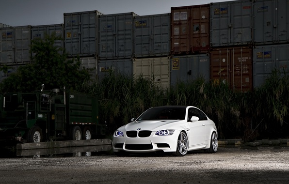 Picture white, bmw, BMW, truck, white, containers, Miami, e92, miami, daylight
