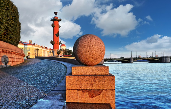 Picture dawn, ball, sphere, granite, Neva embankment, Saint-Petersburg., Neva river, Rostral columns