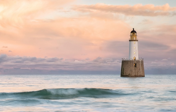 Picture Scotland, United Kingdom, Rattray Head Lighthouse, Old Rattray