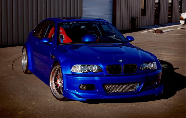 Picture blue, the building, bmw, BMW, coupe, shadow, front view, blue, tuning, Luke, e46, blinds