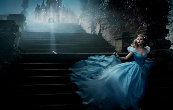 Picture castle, Cinderella, Scarlett Johansson, the stairs, outfit