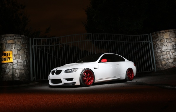 Picture white, bmw, BMW, gate, the fence, white, twilight, e92