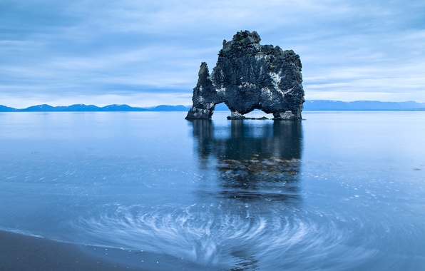 Picture sea, the sky, rock, arch