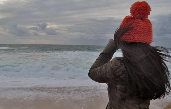 Picture cold, sea, wave, girl, the wind, hat, hair, back