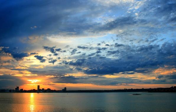 Picture the city, dawn, HDR, Kazan