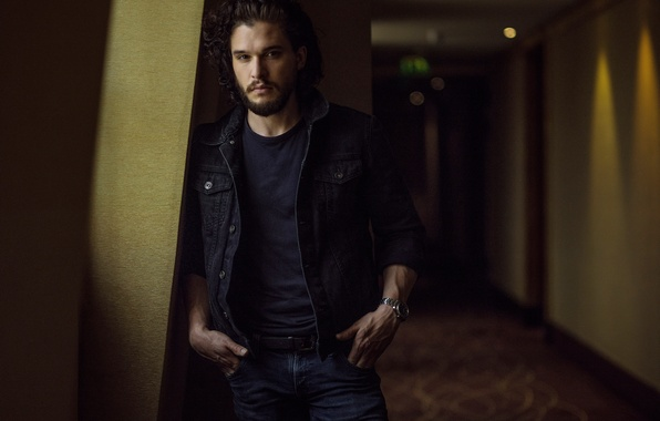 Picture look, jeans, corridor, jacket, photographer, actor, beard, journal, photoshoot, Kit Harington, Kit Harington, Paris Match, …