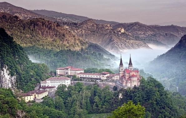 Picture forest, mountains, nature, fog, photo, castle, building, Cathedral, Spain, Asturias, Covadonga, the ridge of the …