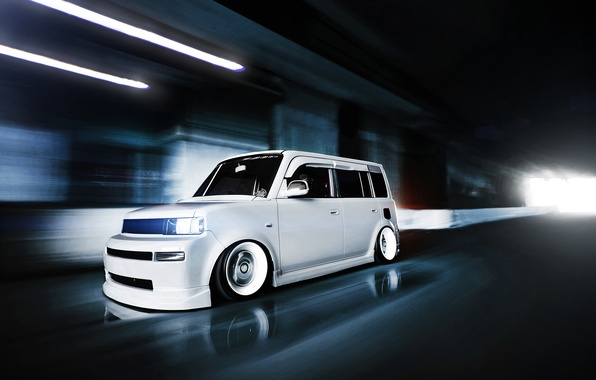 Picture speed, white, front, Scion