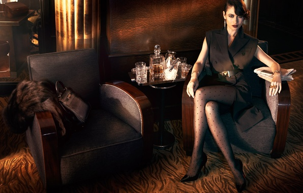 Picture look, style, model, makeup, dress, actress, brunette, hairstyle, photographer, shoes, Newspapers, handbag, glasses, Olga Kurylenko, …