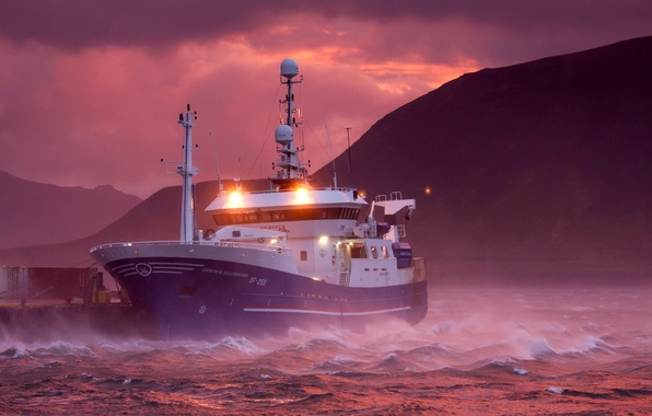 Picture mountains, storm, dawn, ship