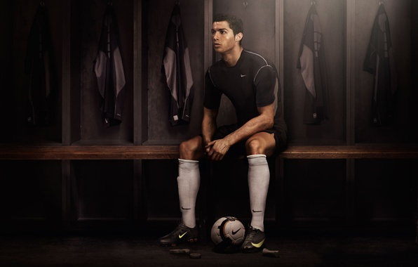 Picture Dark, Cristiano Ronaldo, Nike, Football, Real Madrid, Portugal, Soccer, Player, Locker room