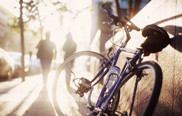 Picture the sun, bike, street, morning, shadows, the sidewalk, silhouettes, bokeh
