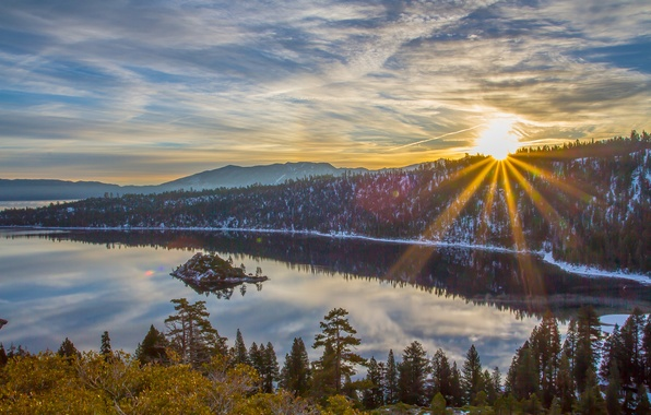 Picture forest, the sun, rays, snow, mountains, lake, sunrise, island, morning