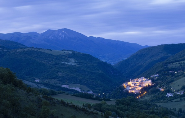 Picture the sky, trees, mountains, clouds, nature, lights, home, lighting, Italy, panorama, the village, before the …