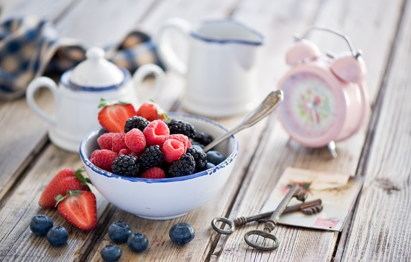 Picture berries, raspberry, watch, alarm clock, strawberry, still life, keys, BlackBerry, blueberries
