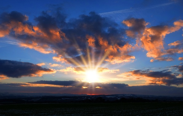 Picture the sky, the sun, clouds, rays, sunset, the evening