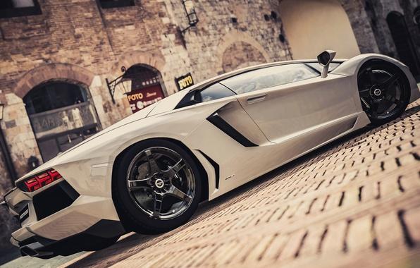 Picture the city, house, street, Lamborghini, supercar, LP700-4, Aventador