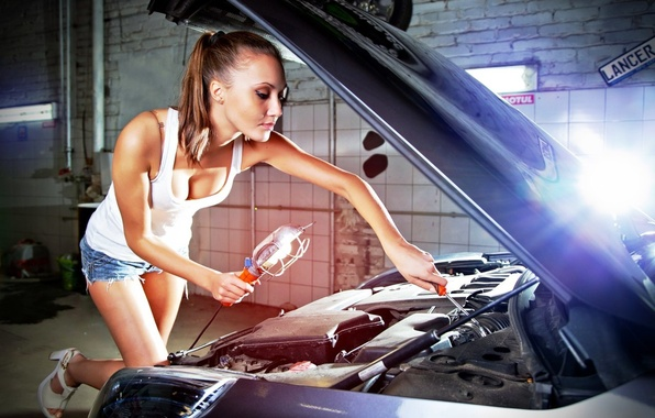 Picture machine, auto, chest, girl, the hood, repair