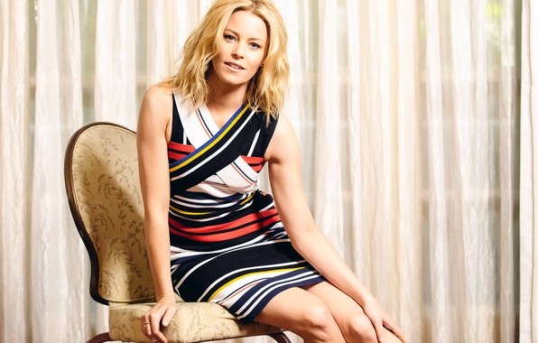 Picture photoshoot, Elizabeth Banks, Elizabeth Banks, for the film, Pitch Perfect-2