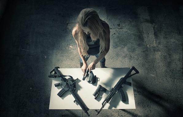 Picture girl, weapons, table, guns, the room, machines
