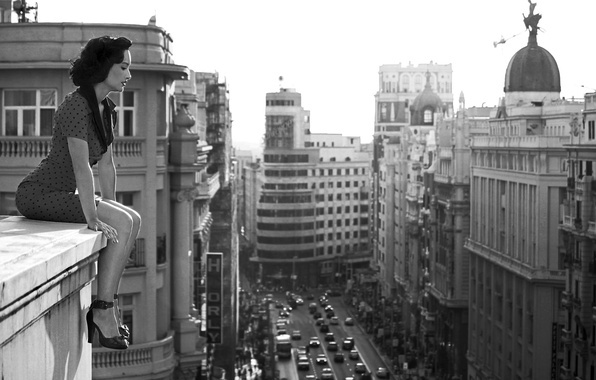 Picture roof, girl, the city, photo, black and white, Madrid