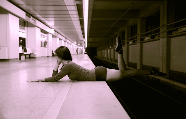 Picture girl, metro, figure, risk, Pointe shoes