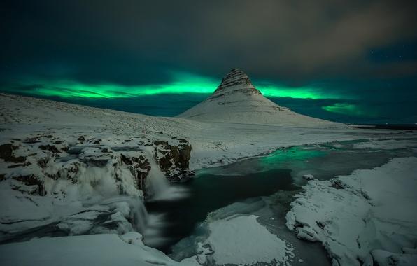 Picture snow, night, rocks, mountain, waterfall, Northern lights, the volcano, Iceland, Kirkjufell