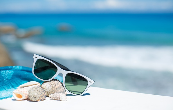 Picture summer, beach, sea, sun, blue sky, glasses, vacation, shells, accessories