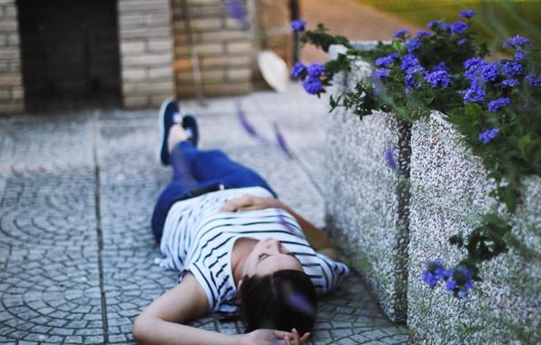 Picture asphalt, girl, flowers, background, Wallpaper, mood, brunette, lies, wallpapers, flowers. nature