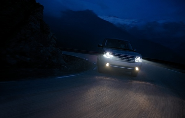 Picture road, drops, mountains, machine, night, the way, rain, rocks, turn, cars, range rover, speed