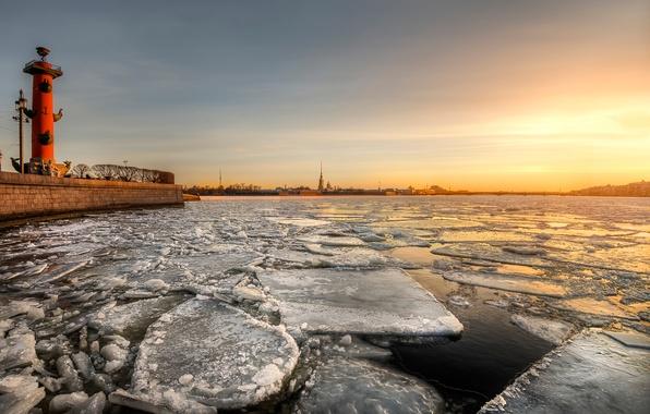 Picture spring, morning, Saint Petersburg, break
