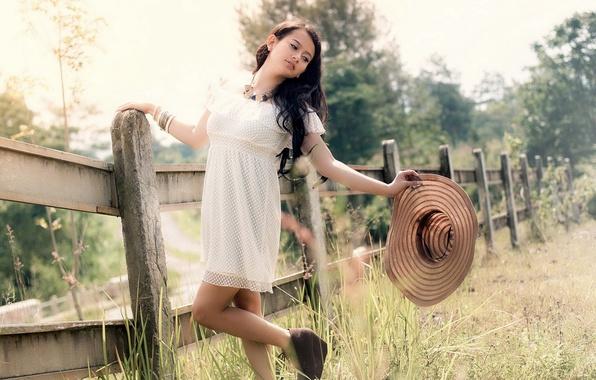 Picture summer, girl, nature, heat, brunette, hat