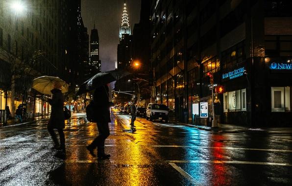 Picture light, night, the city, people, rain, street, New York, USA
