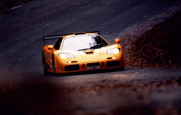 Photo wallpaper road, twilight, yellow, mclaren f1