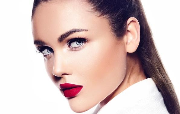 Picture brunette, look, makeup