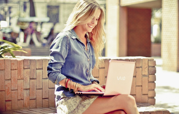 Picture smile, Girl, blonde, laptop, VAIO