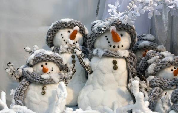 Picture winter, new year, snowmen, grey, smiling, fun, White snowmans, scarves