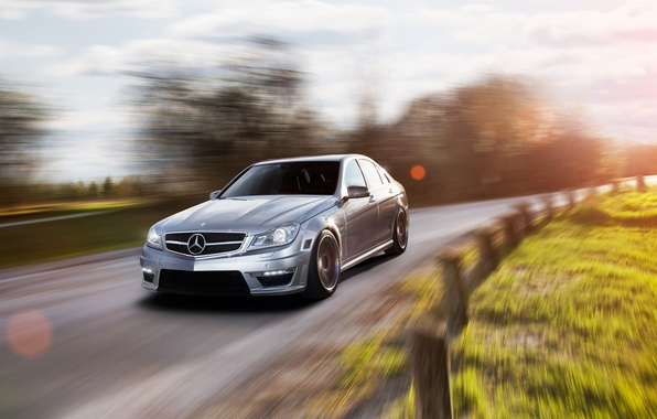 Picture sedan, Mercedes, in motion, mercedes C 63 AMG