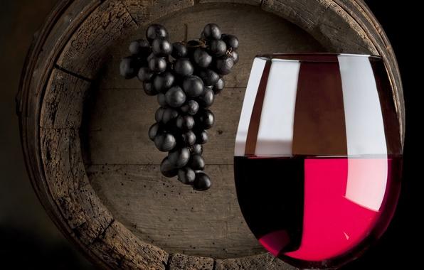 Picture wine, barrel, wine glass