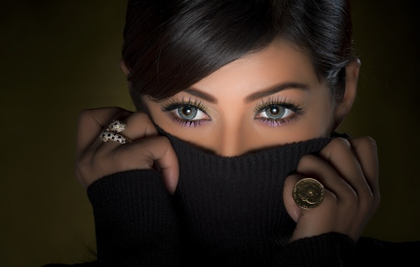 Picture eyes, look, face, portrait, ring, hands